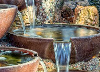 fontannach ogrodowych
